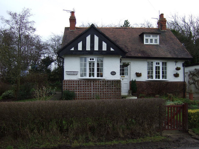 Bungalow on Hill House Lane
