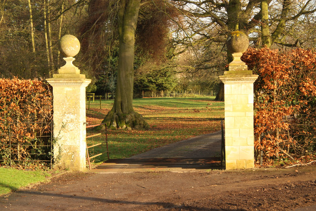 Frampton Hall Gatepiers