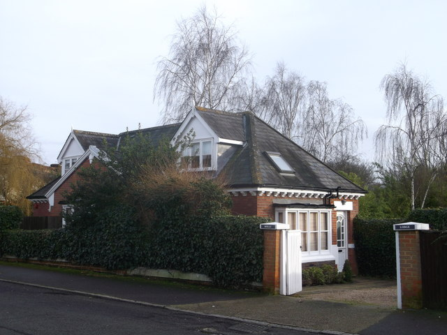 Holly Lodge, Putney