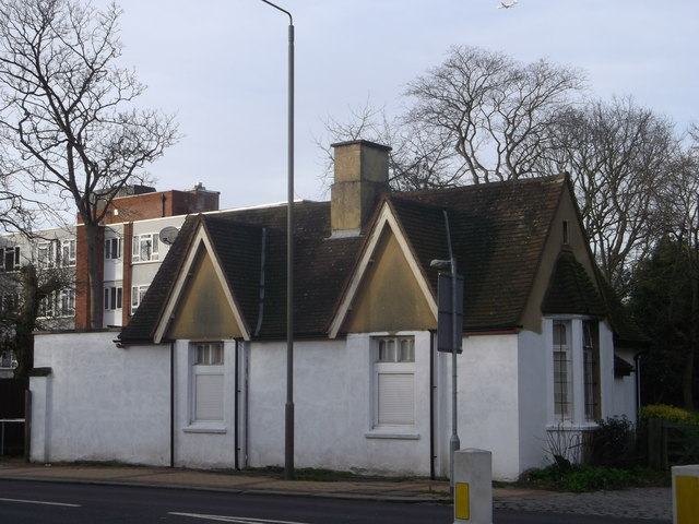 South Lodge, Putney Heath