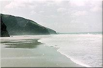 SW8469 : Bedruthan Steps beach looking south by Stuart Logan