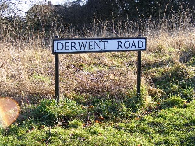 Derwent Road sign