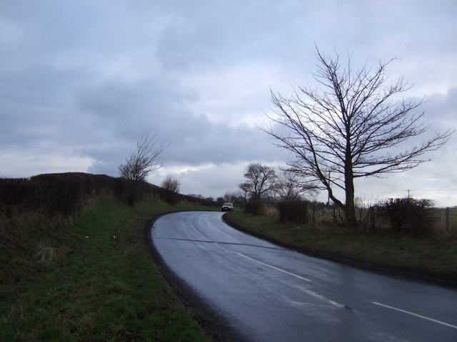 Bend in the road towards Bishopton