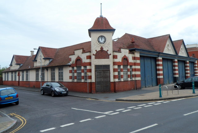 Grade Ii Listed Former Bus Depot 169 Jaggery Geograph