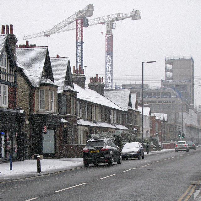 Cherry Hinton Road: Sunday-morning snow