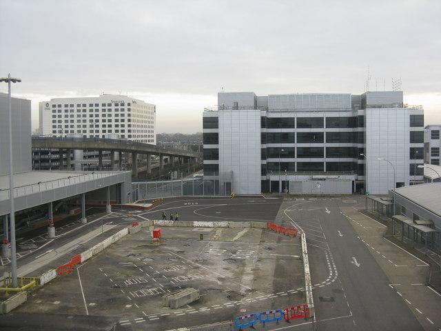 Gatwick Airport - London
