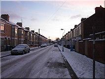 TA0831 : Walgrave Street towards Newland Avenue, Hull by Ian S