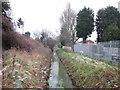 TA0530 : Setting Dike at Hotham Road South, Hull by Ian S