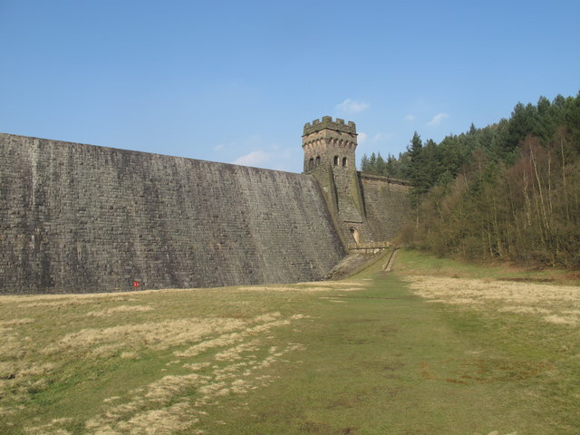 Derwent Reservoir Dam (Derbyshire)