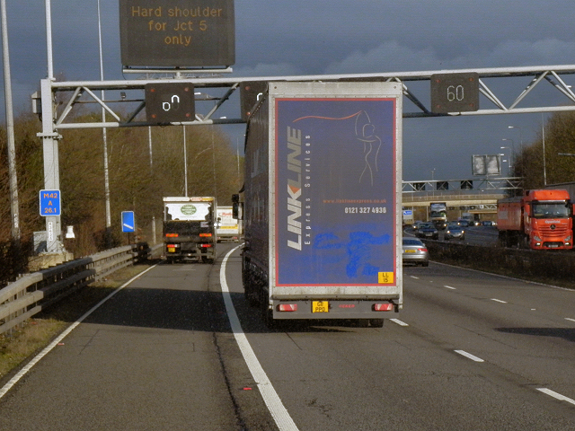 Northbound M42 approaching Solihull