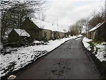 H5664 : Ruined cottage, Radergan by Kenneth  Allen