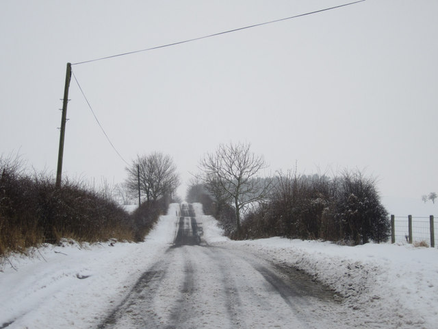 Country road east of Holburn Mill