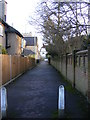 TL1314 : Path to Rothamsted Avenue by Adrian Cable