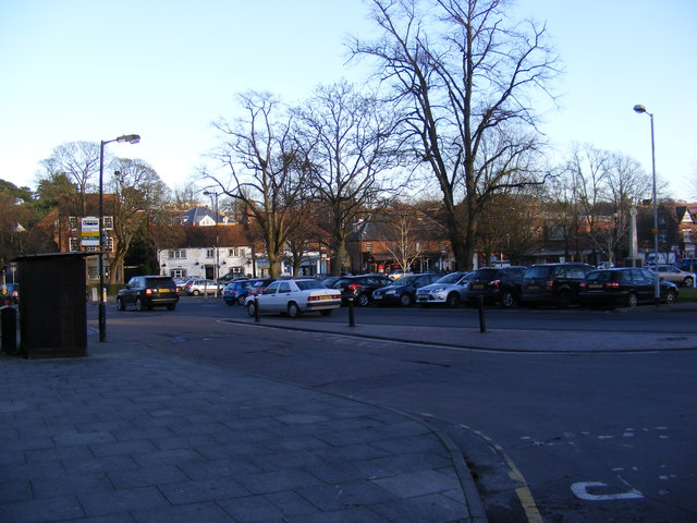 Rothamsted Avenue, Harpenden