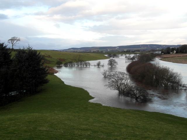 The Kinnel Water in flood