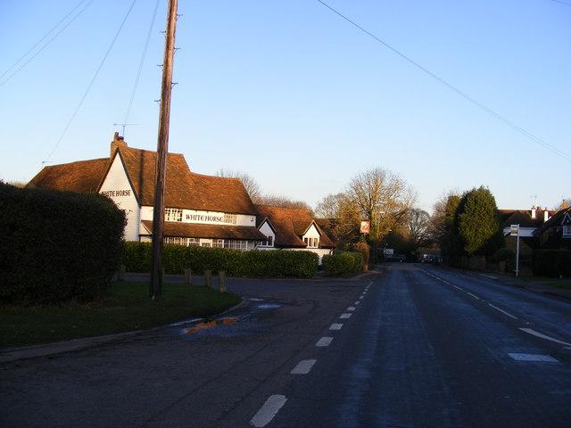 B487 Redbourn Lane & the White Horse Public House