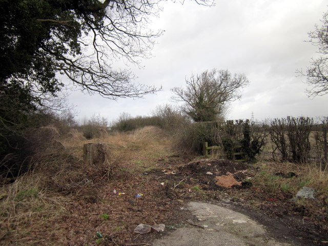 Disused Lane near Lea-by-Backford
