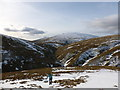NN9300 : Ascending south-west slope of Tarmangie Hill by Alan O'Dowd