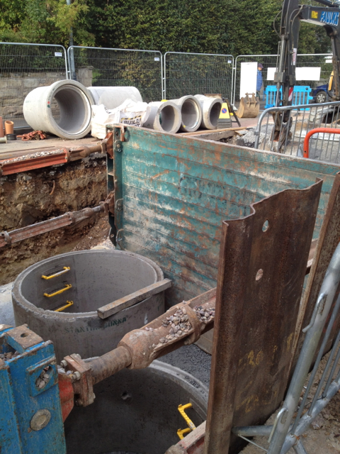 Replacing a sewer, Emscote Road, Day 56