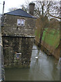 SU2199 : Wharf and former toll house next to Halfpenny Bridge, Thames Street, Lechlade by Vieve Forward