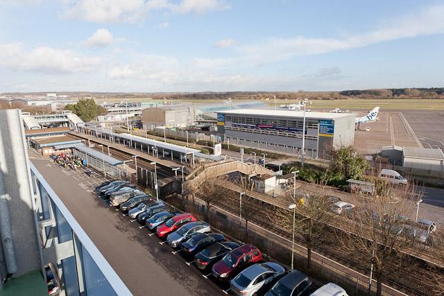 Southampton Airport Parkway railway station