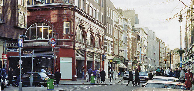 Entrance to Covent Garden Underground station, 1991