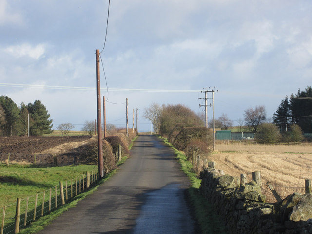 Narrow lane to Heathery Tops