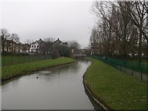 TQ3187 : New River towards Endymion Road, Finsbury Park by David Anstiss