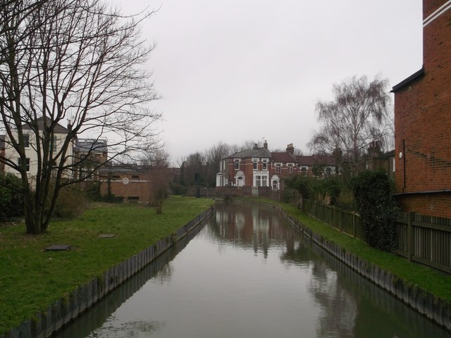 New River towards Hornsey