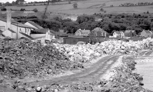 Building Glenarm marina (2000-2)