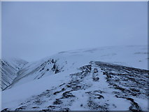 NN6479 : Track on spur above Coire Chùirn by Alan O'Dowd