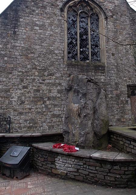 Civil defences War Memorial, Pontypool