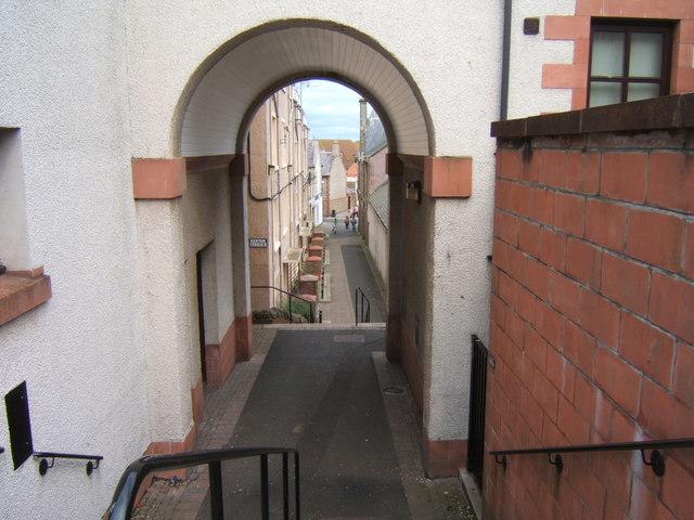 Walkway to the High Street