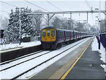 TL1314 : Harpenden railway station in the snow by Thomas Nugent