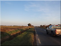 O1444 : Facing east on the L3132 by Ian Paterson