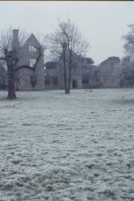 Ruined manor house, Hampton Gay