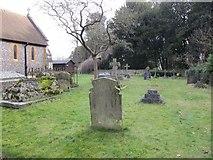 SU6676 : Churchyard on the Southside by Bill Nicholls