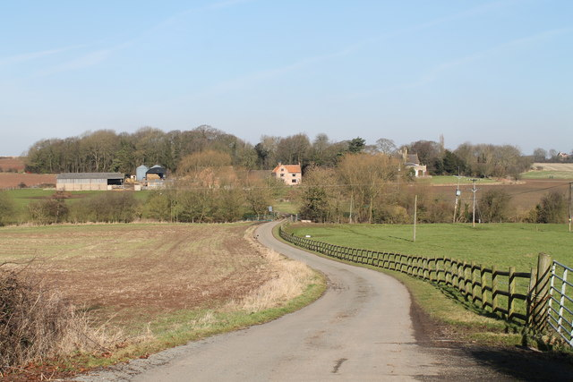 Road to Beesthorpe Hall