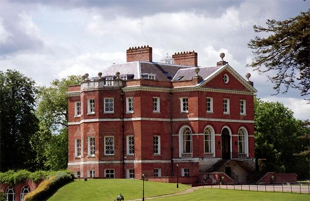 Harleyford Manor, Hurley