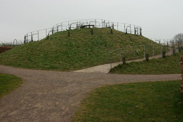 Fruit Mound, Wisley, Surrey