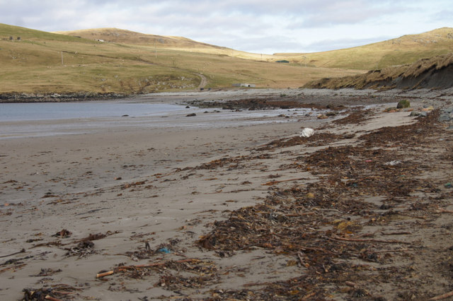 Beach at the head of Sand Voe, North Roe