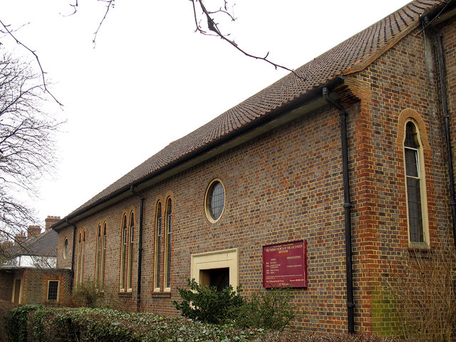 Church of the Ascension, Pollards Hill: north side