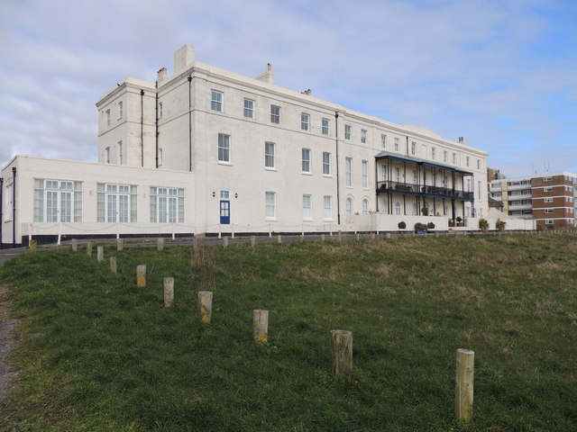 Accommodation - Hayling Seafront