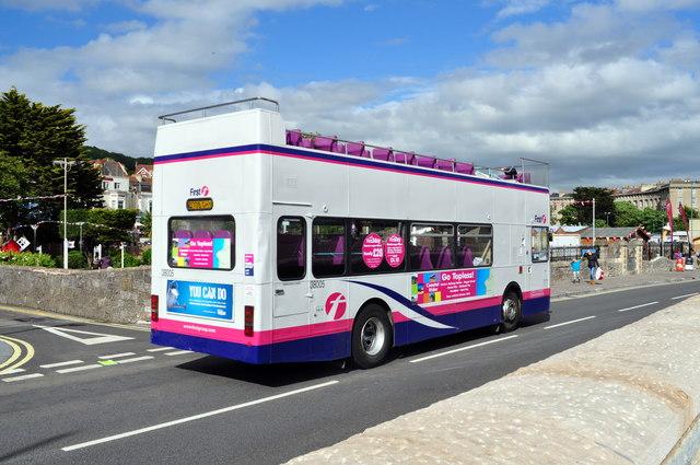 Weston Super-Mare -  Open top tourist bus