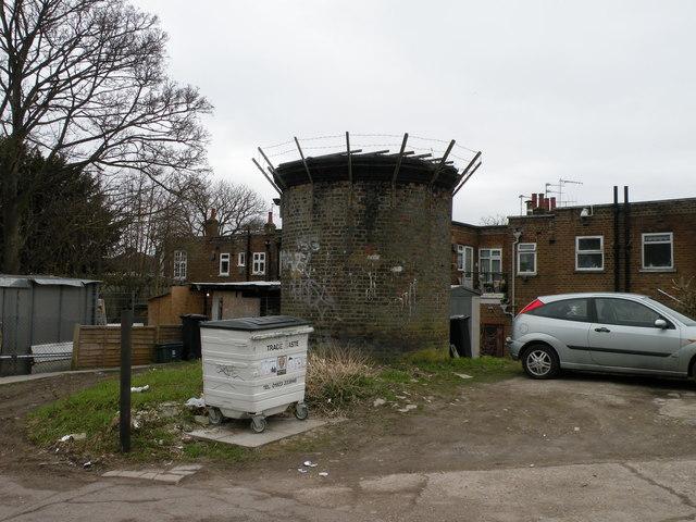 Ventilation shaft, Courtlands Drive