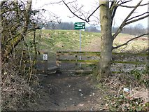 SE1421 : Stile onto the Carr Green sports ground by Humphrey Bolton