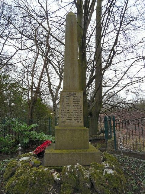 Godley Hill War Memorial (Right hand side)