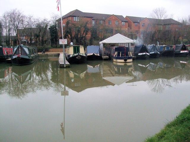 Marina on Oxford Canal at Banbury