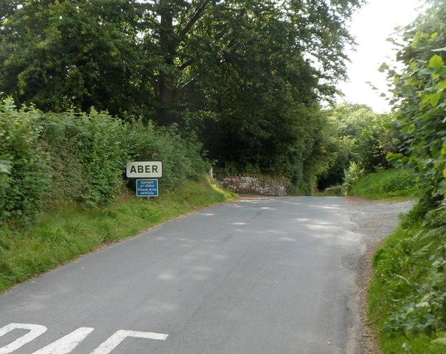 Northern boundary of Aber village, southern Powys