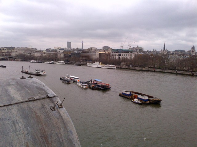 A westerly view from The OXO Tower